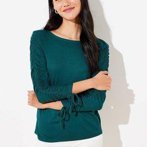 NWT LOFT CINCHED SLEEVE TOP